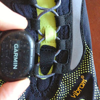 Attach Garmin Foot Pod to Vibram FiveFingers w/ Velcro